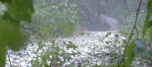 Apprenez à danser sous la pluie par temps d'orage