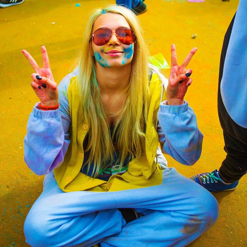 the-festival-of-colors-2381118_1920
